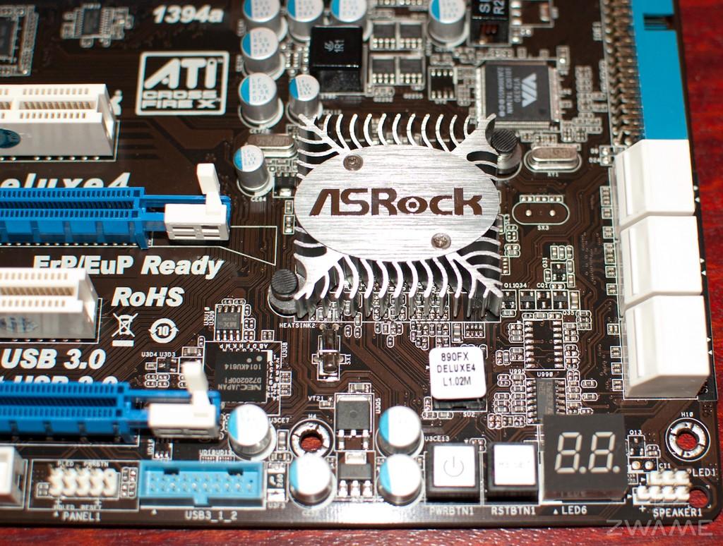 ASRock 890FX Deluxe4
