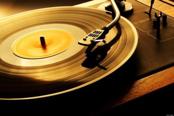 vinyl-records2-640x428